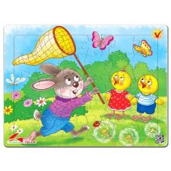 030-139 Thỏ và gà con
