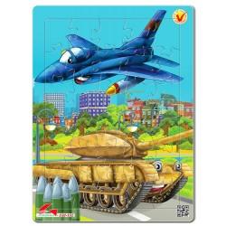 030-152 Máy bay chiến đấu và xe tăng